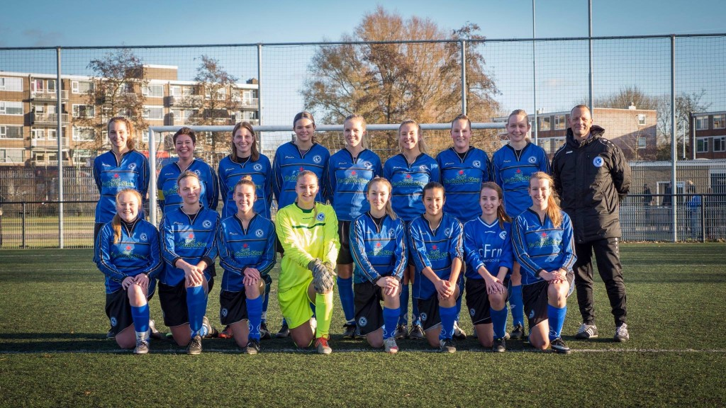 Vrouwenvoetbal Leeuwarder Zwaluwen